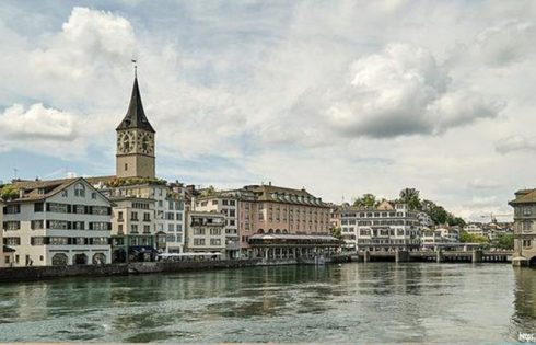 Travel Guide to Zurich